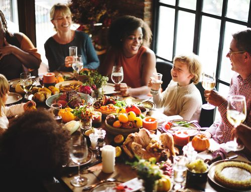 Five Tips for Healthy Eating at the  Holidays